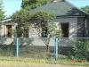 фото дома, фасад защищен панелями с мраморной крошкой 02